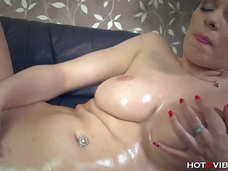 Squirting Girl Supersized Big Beautiful Women All-natural - FORNICATE HARD CORE