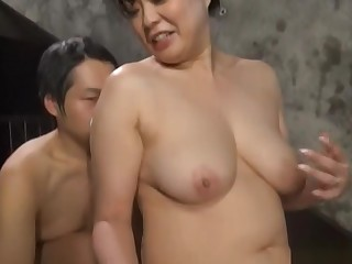 Busty mature nobles enjoys a steamy porn play