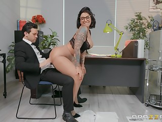 Sexy secretary Devon Lee enjoys sex with her attachment in her office