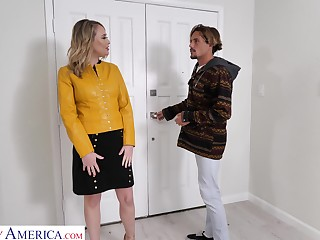 Hot friend's mama Elle McRae turned to be blowjob expert and insatiable whore