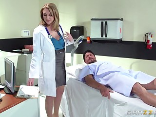 Horny debase Brooke Wylde surprises her anyway a lest with a fellow-feeling a amour