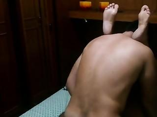 Fundendo forte o cu e a buceta da safada gorda