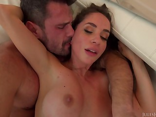 busty Malena vibrant hot sex motion picture