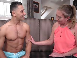 Lewd matured slut in nylon tights Elizabeth Bee jams boobs as she is fucked