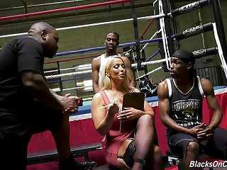 Mature pornstar Alura Jenson gets fucked here all holes by two BBCs