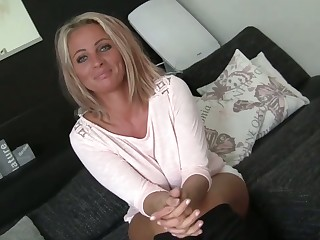 Buxom cougar really makes the tucker of her corner on top and she's so hot
