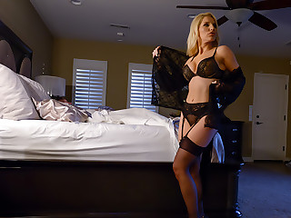 Ashley Fires has her chum toy creampie her to the fullest extent a finally her husband sleeps